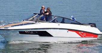Motoprezentacje: Finnmaster T8 - Cruiser w skórze cuddy