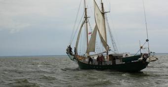Jacht zatonął w szczecińskiej marinie...
