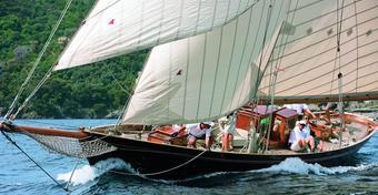 Jachty niezwykłe: VARUNA - drewniane bóstwo oceanów